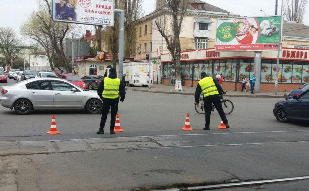 У Одесі паралізовано рух транспорту: які вулиці краще об'їхати