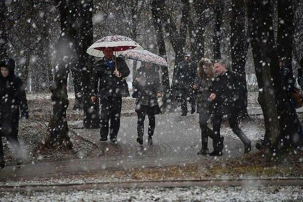 """Прогноз погоды в Киеве на начало недели: природа устроит жителям и гостям столицы """"американские горки"""""""