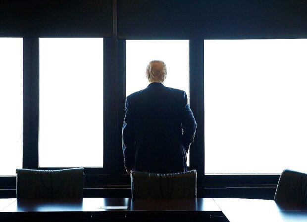 """Адвокат Трампа Джулиани выбросил последний козырь: """"Компромат за сорок лет..."""""""