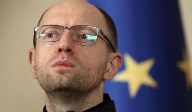 """""""Більше року на одній посаді Яценюк працювати не може"""""""