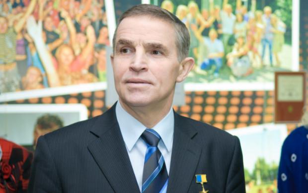 Україна прощається з першим космонавтом