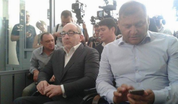 Добкин пришел в суд поддержать Кернеса (фото)