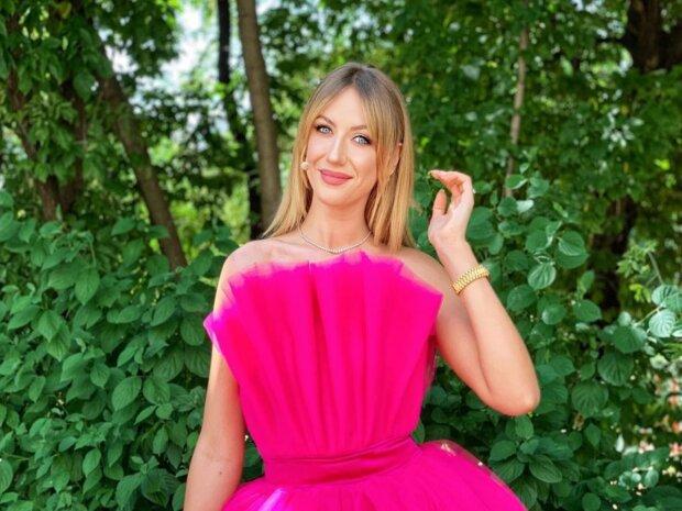 """Леся Нікітюк пояснила кардинальну зміну зовнішності, фани в істериці: """"Голову вмочила в борщ"""""""