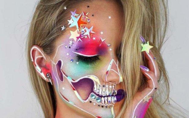 Стала зомбі: візажист показала дива макіяжу