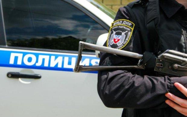 """Закони придумують на ходу: у мережі показали звірства в """"ДНР"""""""