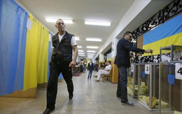 Во втором туре выборов президента Зеленский и Вакарчук побеждают Тимошенко – опрос