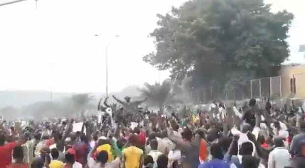 Переворот в Мали, скриншот из видео