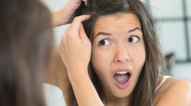 Де взялася твоя сивина: 4 фактори, що впливають на колір волосся