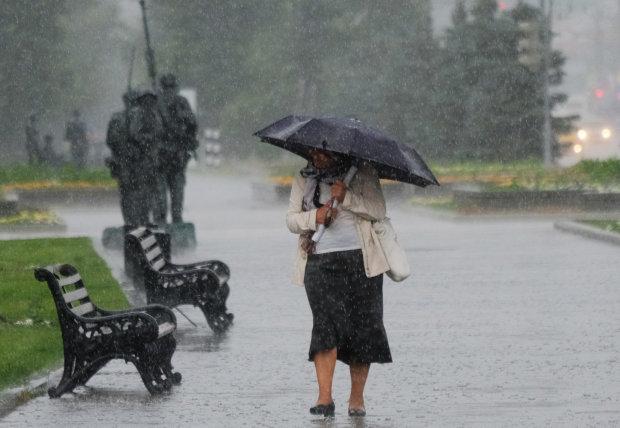 В Днепре объявлено штормовое предупреждение: надвигается страшное, будьте готовы