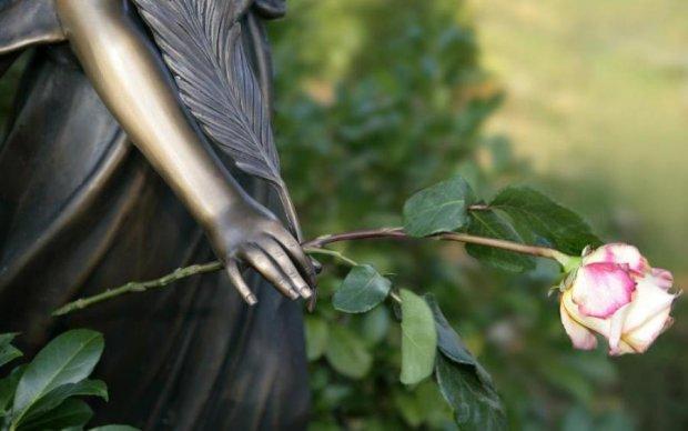 Моторошні пологи: покійниця стала мамою просто у труні