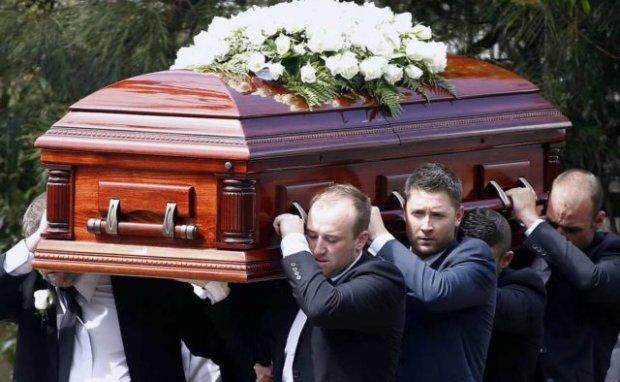 Львовщина в слезах прощается с храбрым полицейским, отдавшим жизнь за Украину