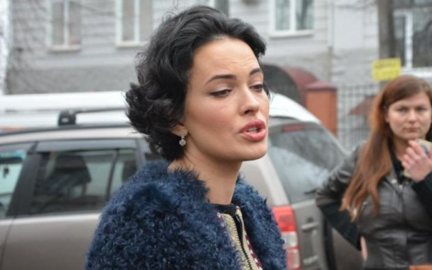 Даша Астафьева из-за своего жениха покрылась сыпью
