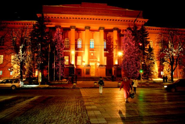 Университеты закрываются на карантин фото Education.ua