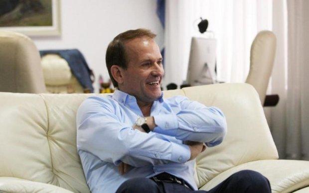 Шарий: Коломойский предлагал назначить Медведчука губернатором Донецкой области. Где же патриотизм журналистов ТСН?