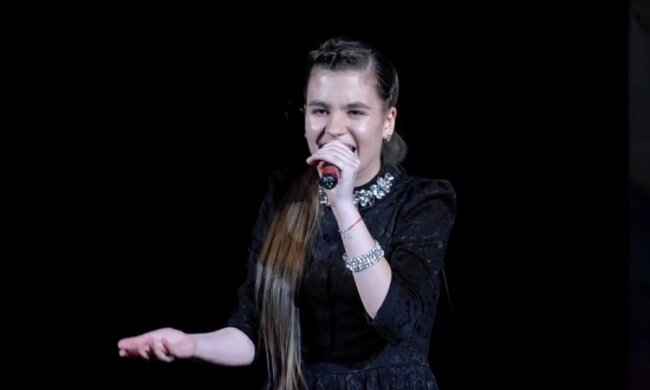 """""""Мурашки по шкірі"""": одеситка підкорила російську сцену з українською піснею"""