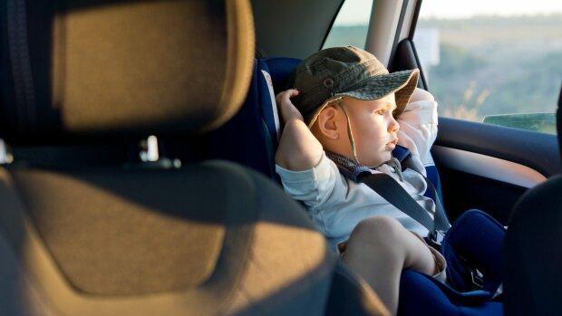 Уже завтра копы начнут выписывать водителям штрафы за перевозку детей: известны суммы