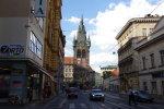 """Заробітчани в Чехії знайшли собі """"полуничку"""": одна на чотирьох і навіть без грошей"""