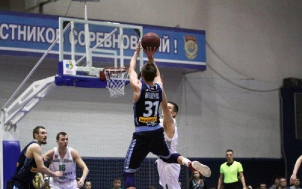 Днепр вышел в полуфинал плей-офф баскетбольной суперлиги