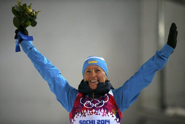 Валентина Семеренко выборола победу на чемпионате мира по биатлону: фееричный подарок ко Дню независимости