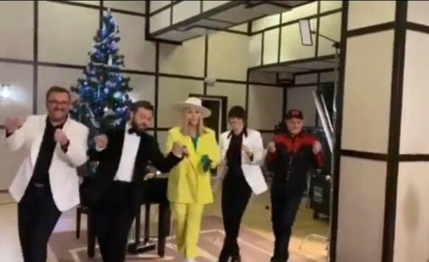 Пономарев, Дзидзьо и Билык зажгли под елкой под Jingle Bells, только оленей не хватает