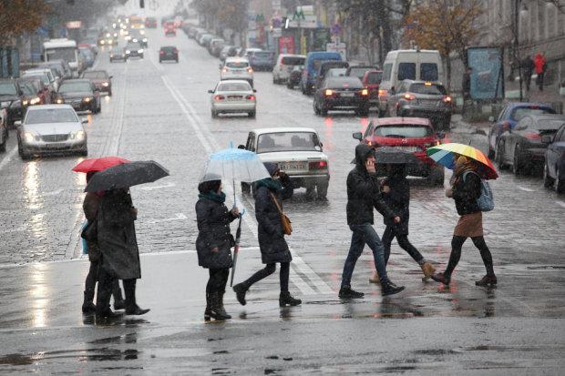 Погода на 15 квітня: весна відвернеться від українців, не поспішайте ховати шуби