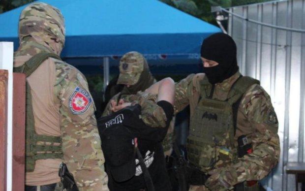 """Зачем разведка: родная мать сдала террориста """"ДНР"""""""