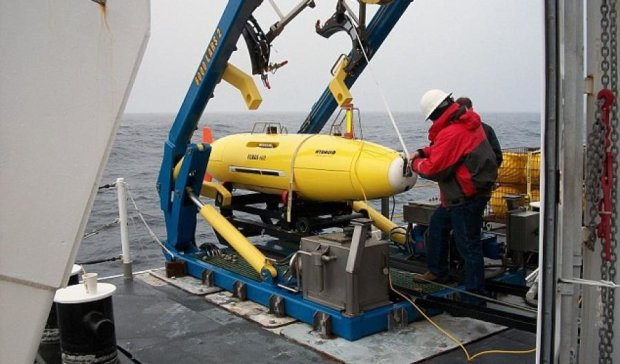 Американские подлодки  будут стрелять дронами вместо торпед