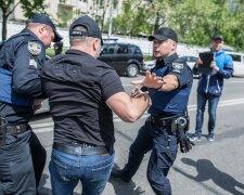 Поліція, фото - Apostrophe Sodel