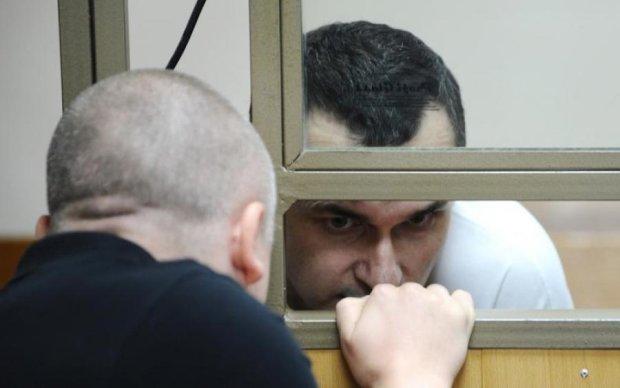 Не можуть пояснити: адвокат розповів про стан Сенцова