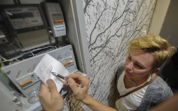 Украинцы массово плюют на платежки