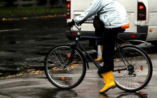 5 простих порад, як їздити на роботу на велосипеді