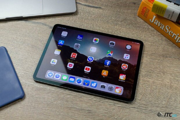 Apple признала продажу бракованных iPad: это норма