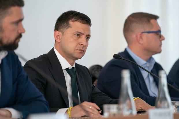 """Зеленський виконав головну передвиборчу обіцянку, розбивши """"відмазки"""" Порошенка: українці чекали на це довгі роки"""