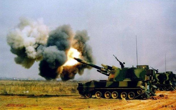 """Палят из танков, к счастью, мимо: враг наплевал на """"хлебное перемирие"""""""