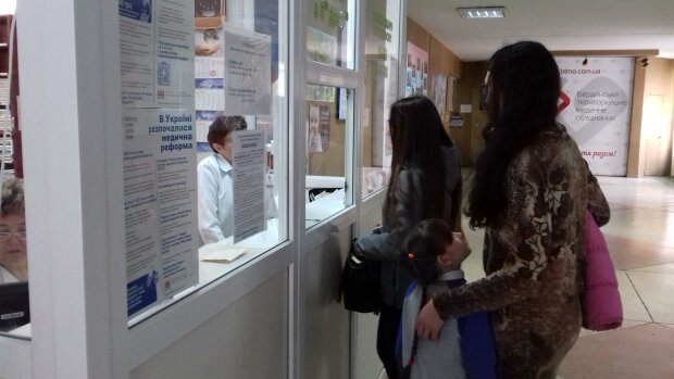 На Франківщині лютує кір, вакцин - кіт наплакав: медики налякали страшною правдою