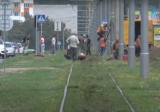 коммунальщики, скриншот из видео