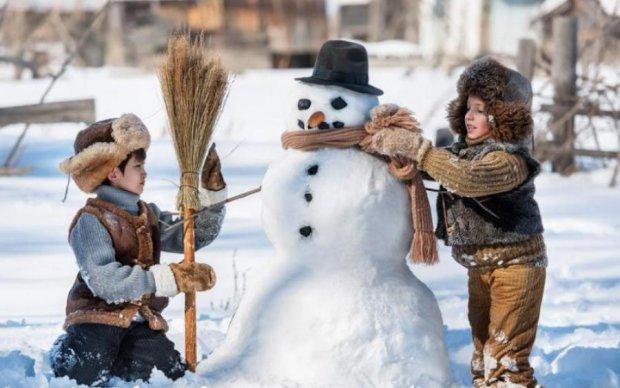 Завалило снігом: дитяча гра закінчилася трагедією