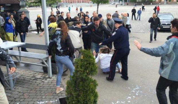 На митинге в Харькове подрались активисты