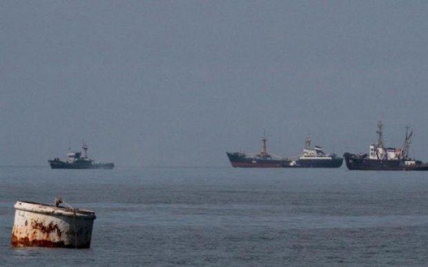 Не Нордом единственным: прокуратура арестовала еще одно российское судно
