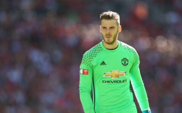 Манчестер Юнайтед продає свого зіркового воротаря