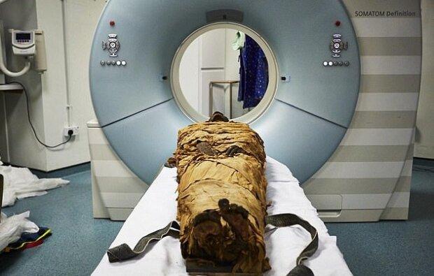 Мумия в томографе