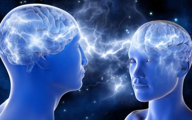 Вчені порівняли чоловічий і жіночий мозок: результати шокують