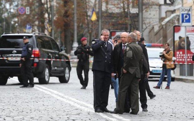 Вибух у Києві: силовики не відкидають теракт