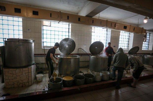Що їдять в'язні в Україні? Мін'юст готується витратити 265 мільйонів на рибу і м'ясо