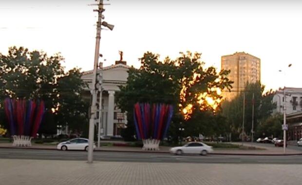 """Жителі окупованого Донбасу розкрили жахи життя """"під Путіним"""": """"Ціни московські, а зарплати як у Зімбабве"""""""