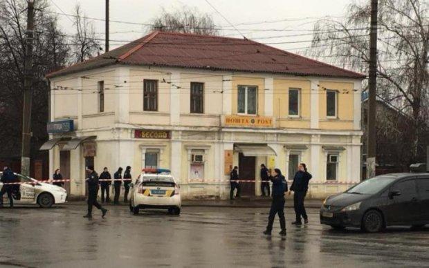 Захоплення заручників в Харкові: копи озвучили вимоги злочинця