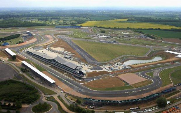 Формула-1: Легендарний британський етап може зникнути з календаря