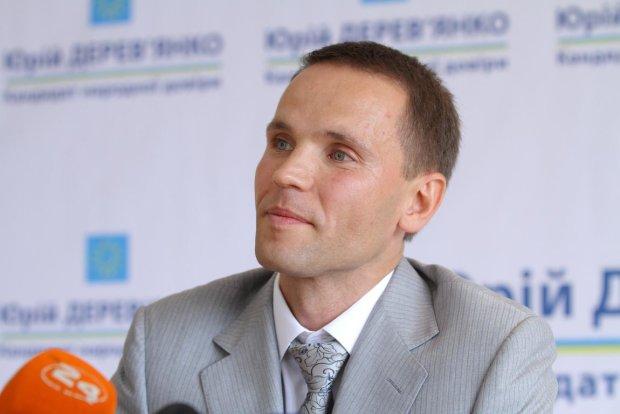 Кандидат в Президенти Дерев'янко підтримав автопробіг за доступні авто в Києві (фото, відео)
