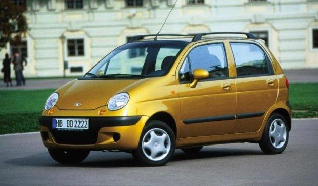 Узбекские автомобили подешевеют на 15 тысяч гривен - эксперт