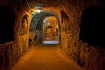 Шокуюча знахідка поставила на вуха одеську поліцію: катакомби стали кладовищем